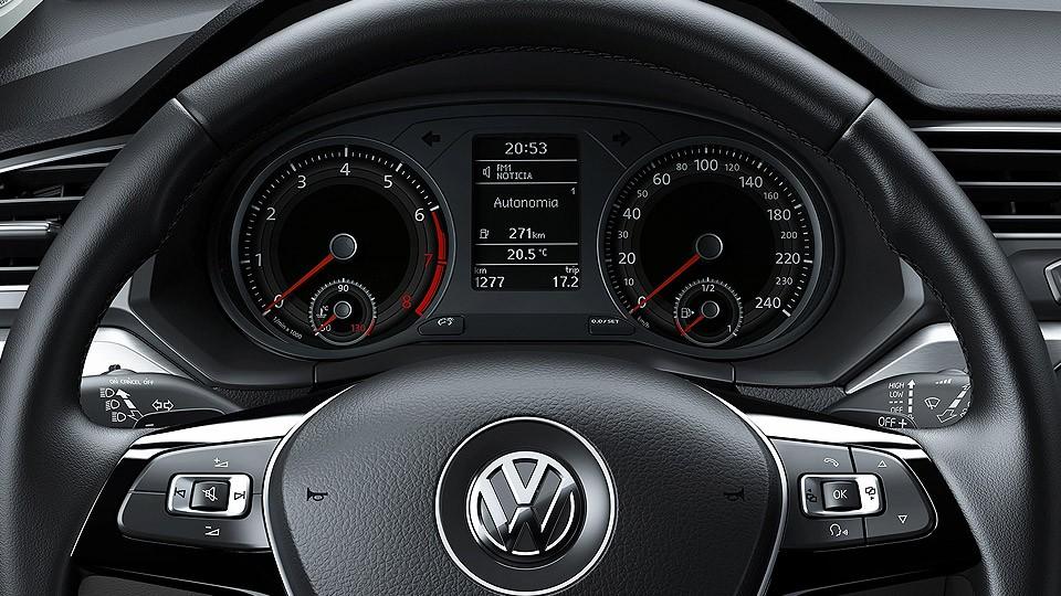 volkswagen-voyage_feature7
